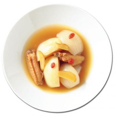 鶏手羽中のベジブロス参鶏湯(サムゲタン)
