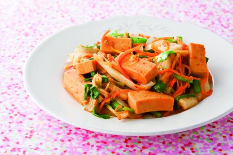 【高野豆腐】キムチとコラボのピリ辛炒め