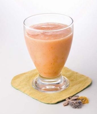 桃とアプリコットのジュースの完成イメージ