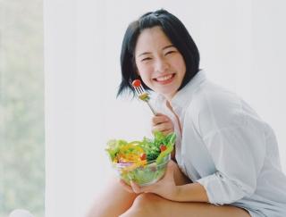 お腹スッキリ&やせ体質ゲット!「酵素サラダ」のとり方3ルール