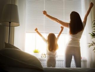 「朝日を浴びる」と睡眠の質がよくなる?今日からできる5つの睡眠改善法