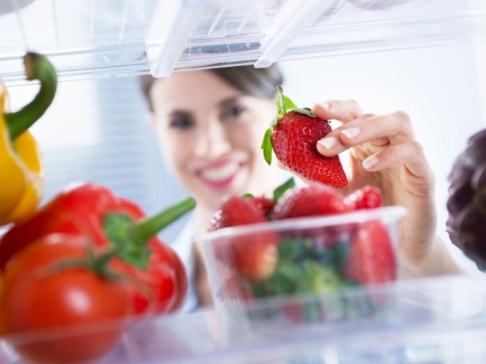 冷蔵庫の詰め過ぎに注意!意外と知らない「食中毒対策」