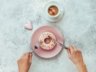 スイーツ好きは要注意!「白砂糖」が冷え性の原因になる理由
