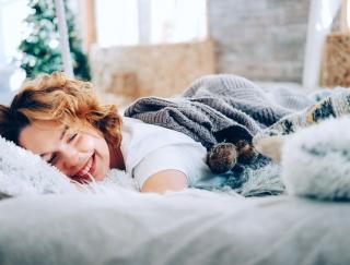 靴下や厚手パジャマも原因に?「安眠」を妨げる4つのNG習慣