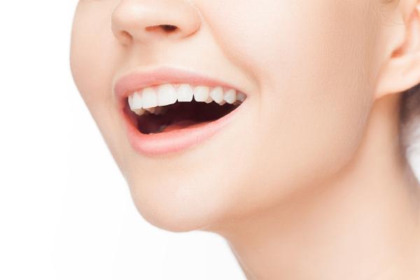 あなたの「口内フローラ」は大丈夫? 全身の健康をおびやかす口の中の悪い菌とは