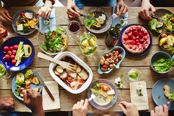 ダイエット中の主婦必見! 家族で楽しめる低カロおかずレシピ