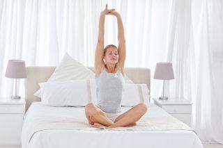 続けることで快眠体質へ。『ヨガニードラ』の効果を高める方法
