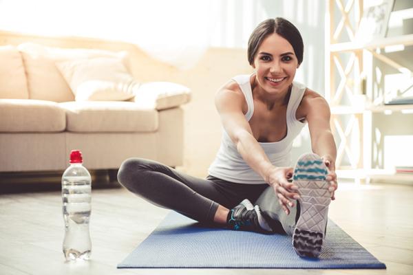 ストレッチは無意味でラジオ体操は体に悪い!? 運動をする時に効果がないどころか実はNGな行動