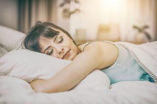 眠れない人必見! 実は「遅寝早起き」が睡眠の質を高めるコツだった!