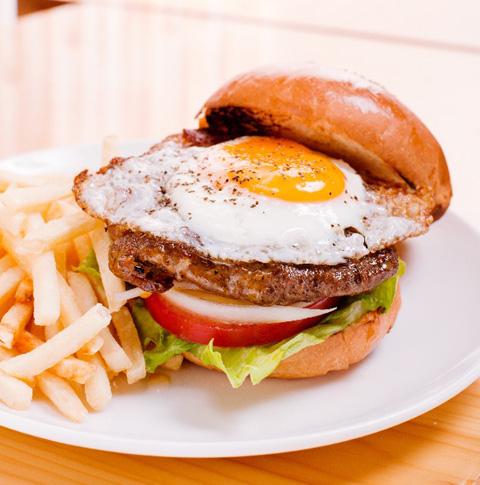 低糖質ダイエット時に役立つ 外食メニューのとり方のコツ