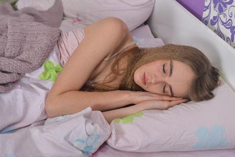 ドクターが教える!寒くて眠れないときに体を温める方法Q&A