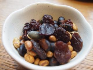 食べるダイエット中の強い味方 ドライフルーツおすすめ3つ