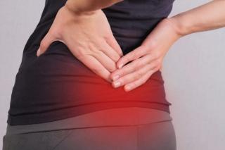 中山秀征さん「自然と体が真っすぐになった気がする」 簡単にできる「腰みがきストレッチ」で腰痛改善!