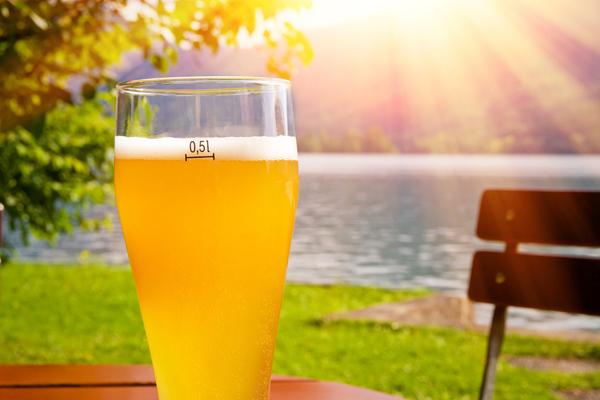 風邪をひいたらビールで乾杯!? 世界に存在する驚きのオモシロ健康法