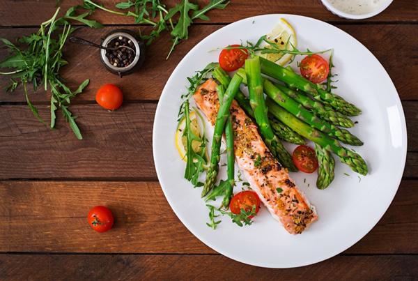 ダイエットカウンセラーが教える「大人の食べもの・食べ方」のコツ