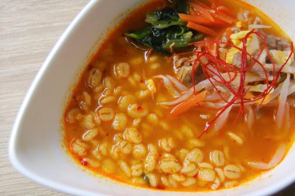 「疲れているときにおすすめ!」本格的な辛さで元気をチャージ! 雑穀スープに絶賛の声