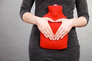 冷えると生理痛が重くなる? 婦人科医がすすめる体を温めて生理痛を軽くする方法
