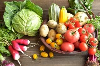 つら~い花粉症シーズンにおすすめの食事とNGな食事