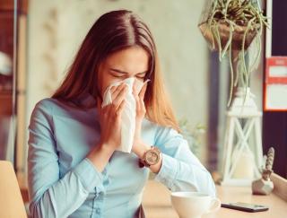 """""""ハイドロ銀チタン""""で花粉を水に変える!? 今年注目の最新花粉対策グッズを大公開"""