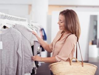 出会った時が即買いの時!旬の着やせファッションが叶う最新『ユニクロ』ベスト3