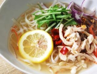 「スープを飲み干しても罪悪感がない」 カロリー控えめ&豊富な野菜がイチ押しの「5種野菜と蒸し鶏のフォースープ」が大好評