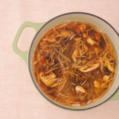 ダイエットスープ「乾物毒出しスープ」で中からスッキリ!おなかぽっこり解消の3つの理由
