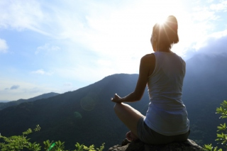 頭の中が整理されて、今に集中! 瞑想を始めてから私に起こった変化