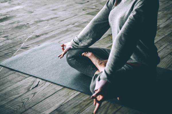 瞑想で疲れや不調を改善。身体を整えるマインドフルネス