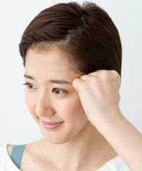 モデルに大人気のカリスマが教える「こぶしカッサ」で即効小顔!