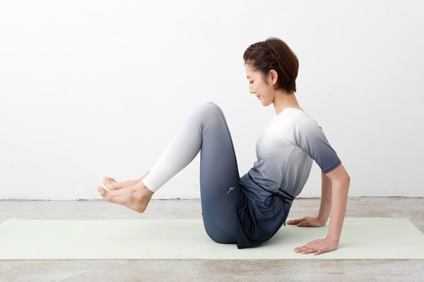 筋肉にアプローチし腸の働きをスムーズに! 便秘改善ストレッチ