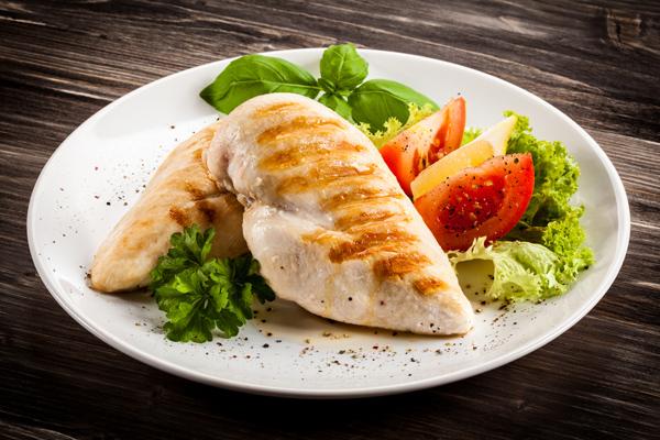 ダイエット食にヒカキンもドはまり! コンビニで手軽に買える「主食」とは