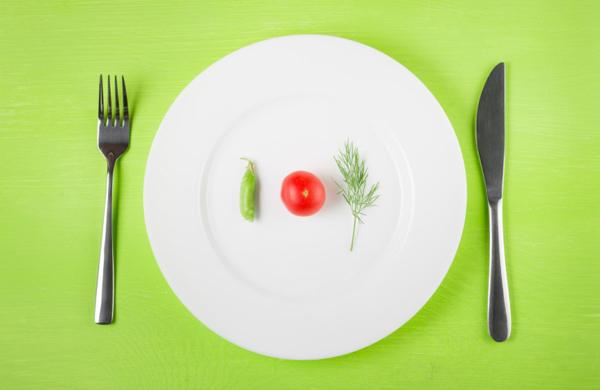 ダイエット中に気をつけたい! 極端な制限がもたらす弊害とは?