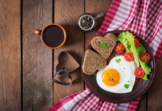 痩せるためには、朝昼晩どの時間帯の食事が大切?
