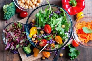 サラダのマンネリ化で野菜不足?おすすめはフォトジェニックな「サラダランチ」
