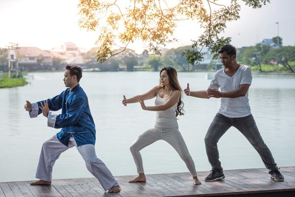 太極拳に飲茶…「たけしの家庭の医学」で紹介された長寿大国「香港」の健康法