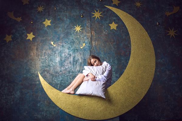 長生きしたいなら仰向け・大の字! 健康長寿の人々に学ぶ睡眠の秘訣