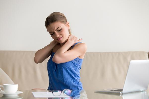 今日からすぐに始められる! 骨にアプローチする「骨ストレッチ」で肩こり&腰痛を改善しよう