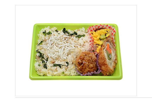 ミニなのに大満足! セブンイレブン新商品「雑穀米のしらす御飯」のバランスが絶妙