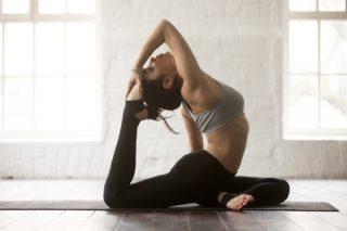 「ながらランジ」なら毎日続く! 股関節の柔軟性がアップするストレッチ&筋トレ