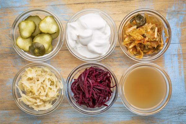 発酵食品+食物繊維がカギ! 腸内環境をよくする食材はどっち?