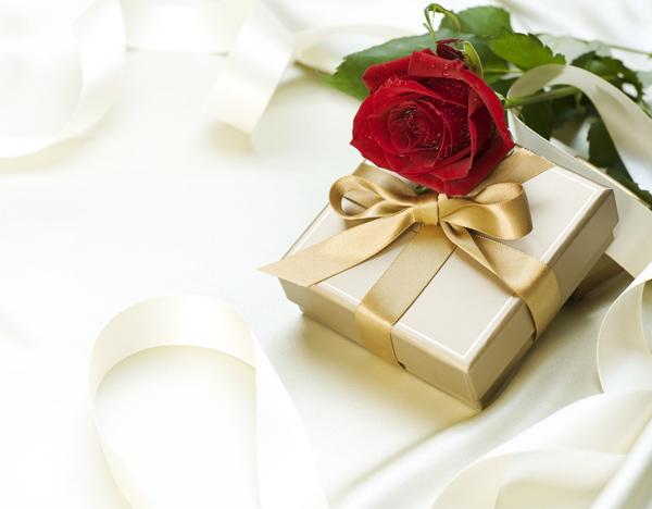 チョコには金色のリボンを。1月生まれ・11月生まれ・12月生まれのあなたの来週(2月12日〜)の運勢は?