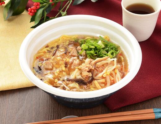 「ヤバい箸が止まらない!」 酸味・辛味・旨味と三拍子そろったローソンの「酸辣湯麺」にハマる人続出!