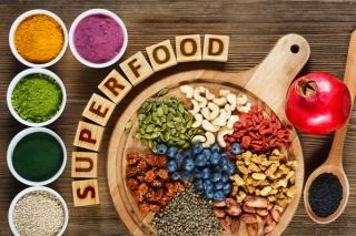 スーパーフードとは?栄養バランスに優れたおすすめスーパーフード8選!