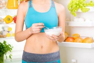 朝イチ&空腹時がおすすめ!ダイエット中にヨーグルトが最適なワケ