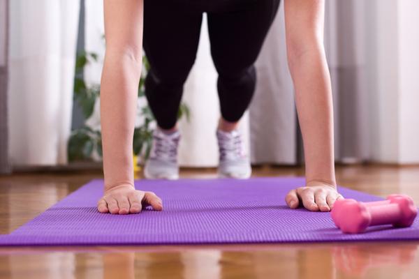ハードに自分を追いこむ!7つの自重トレーニング