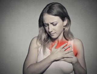 閉経後の女性は要注意! ホルモンバランスの変化が引き起こす心臓病の原因と予防法