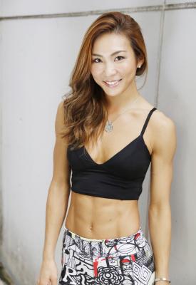 腹筋&インナーマッスルを鍛えて、食べても太らない体をつくる!