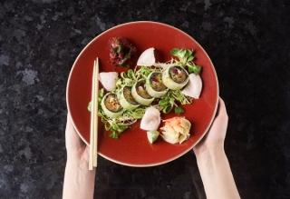 ダイエット成功の秘訣?世界で愛されるヘルシー食「お寿司」の華麗なる変身 #Omezaトーク