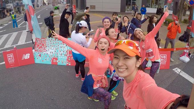 マラソンを応援してくれたみなさんとの写真