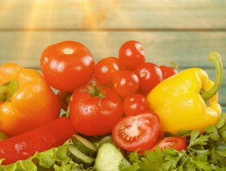 老化の悩み別にアプローチ!カラフル野菜の色でアンチエイジング